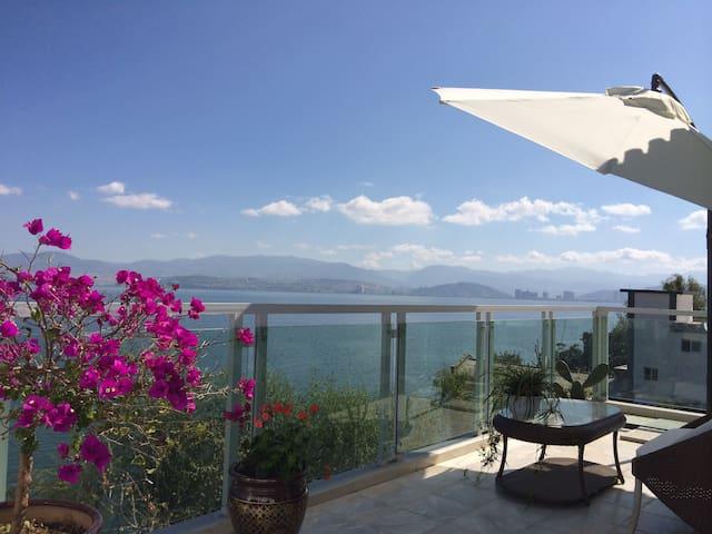 大理唯一整租的一线海景别墅 - Dali - Huis