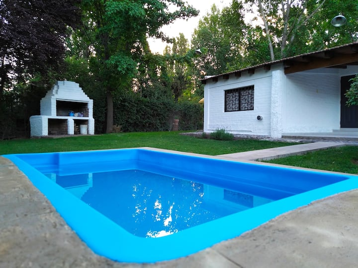 Renovada Casa, tranquila en Chacras de Coria
