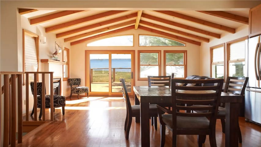 Perfect Covid-19 secluded beach house getaway.