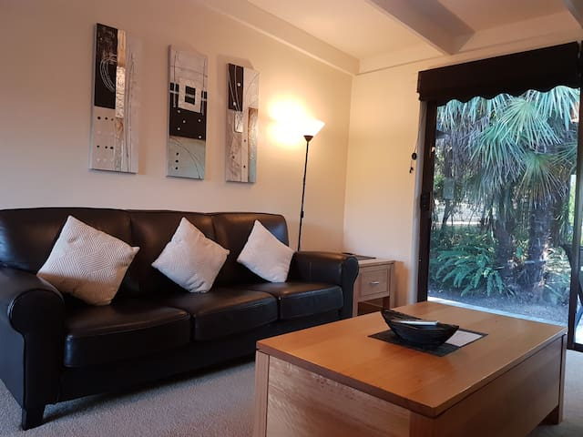 2 Bedroom  House-up to 2 Couples or Families of 4