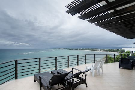 3 bedroom penthouse overlooking the ocean - Malay - Appartamento