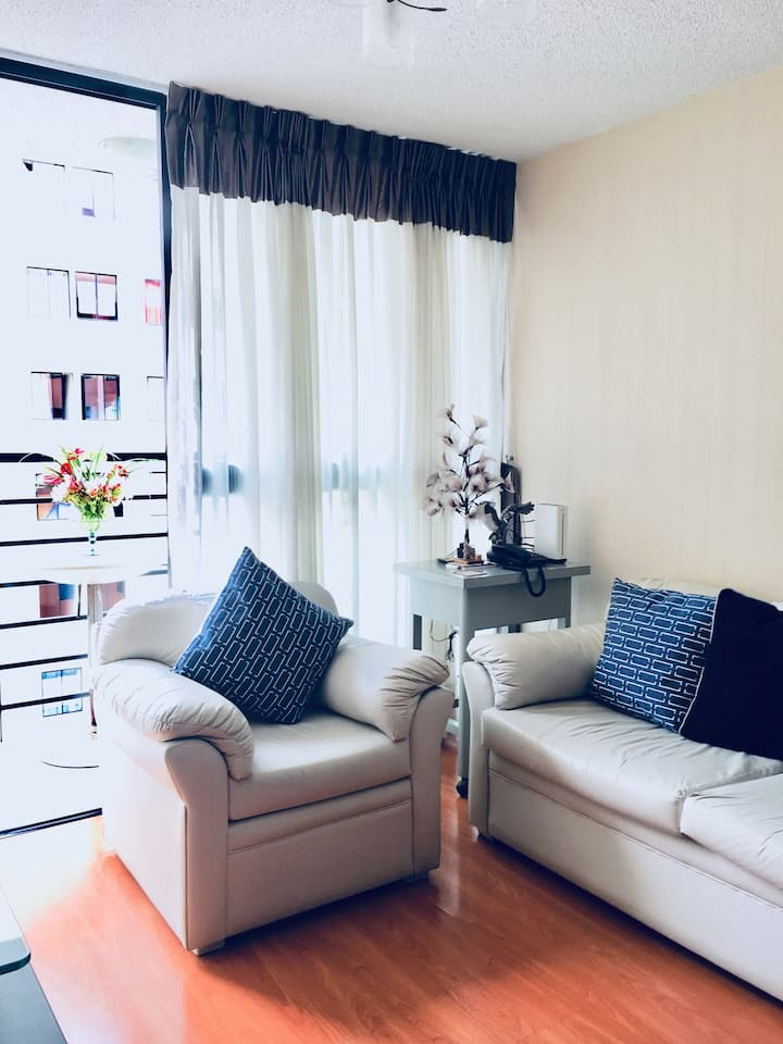 PRIVATE ROOMS IN APT. FOR 3, CLOSE TO THE  AIRPORT
