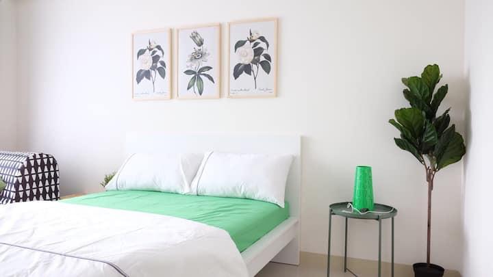 Green Room @GCA3 (FREE CLEANING FEE)