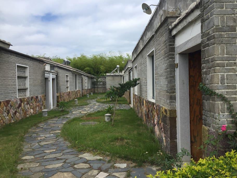 每个客房都是闽南风格的独门独户院子