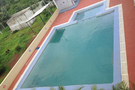 Farm house near Hyderabad with tempting pool