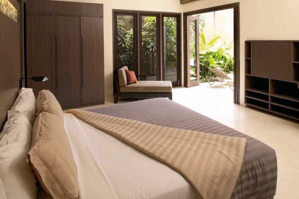 Ahimsa Beach bedroom