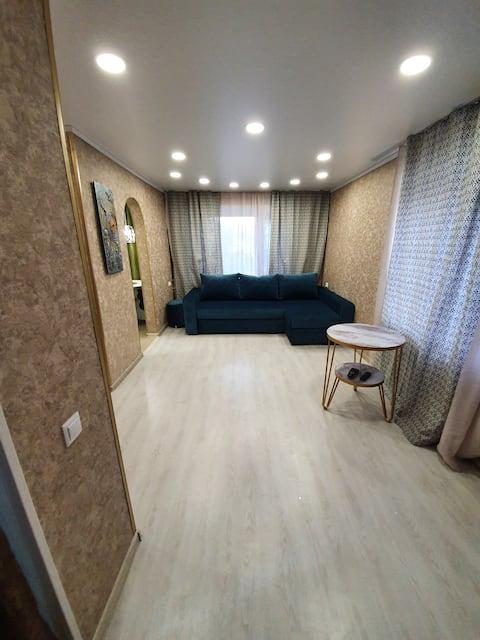 Квартира уютная ,теплая ,светлая в центре города