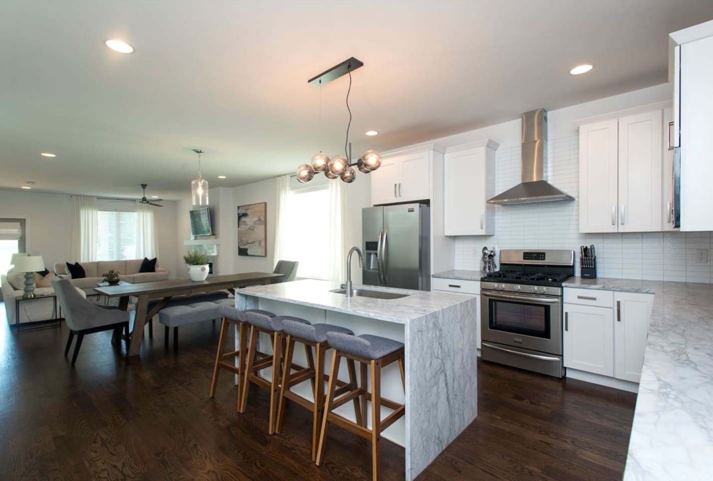 Downstairs Kitchen and Living area is perfect for your guests!