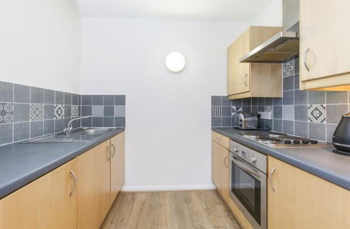 Quite and spacious flat 1bed/1bath, Shoreditch