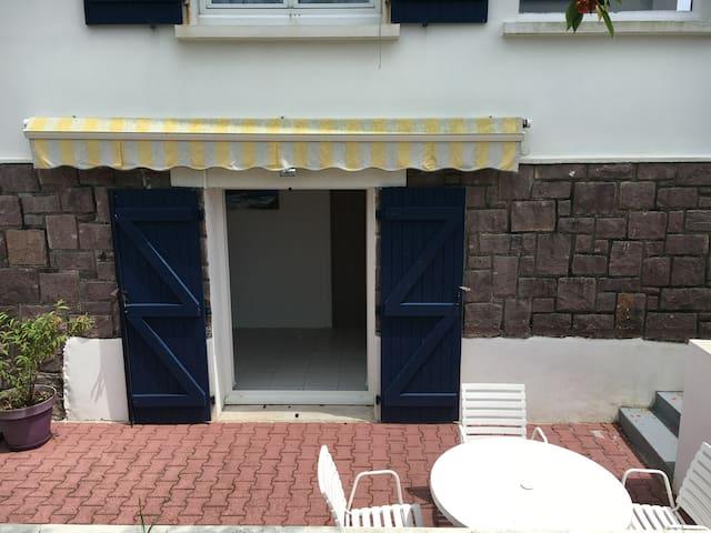 Anglet studio quartier prisé avec terrasse