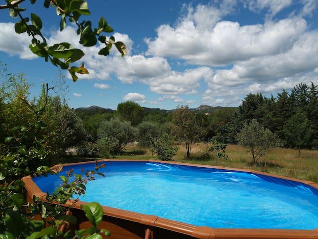Maison avec piscine privée aux portes des Cévennes