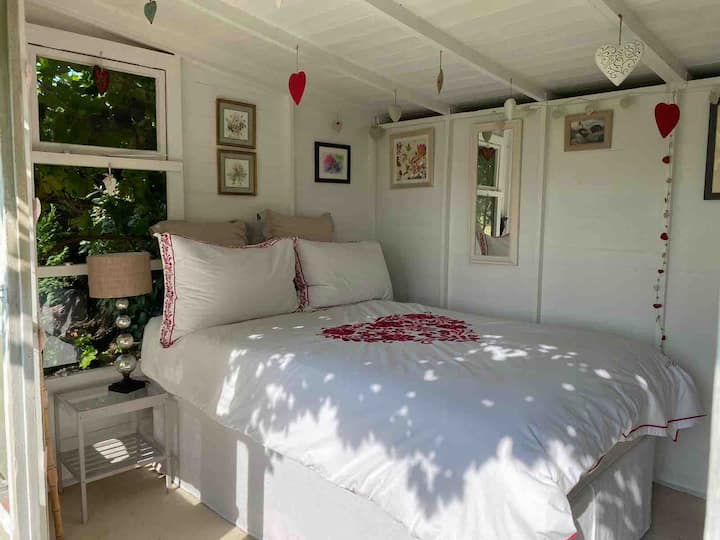 The Garden Room, a magical mini house with hearts!