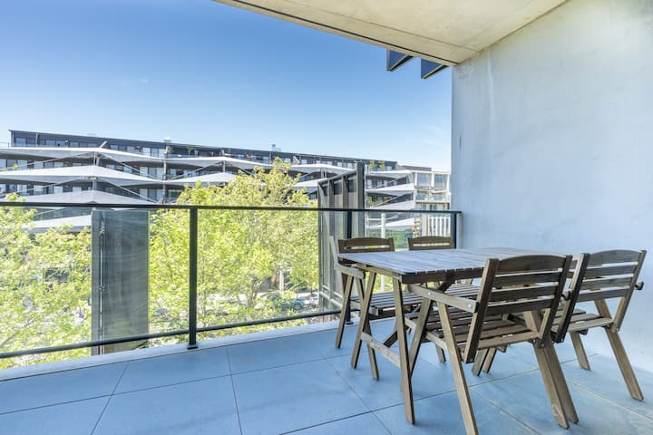Exclusive Braddon 2BR APT in unbeatable location