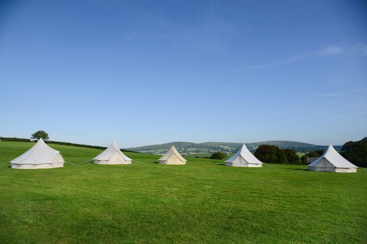 Exclusive Hire Glamping Campsite - sleeps 24+