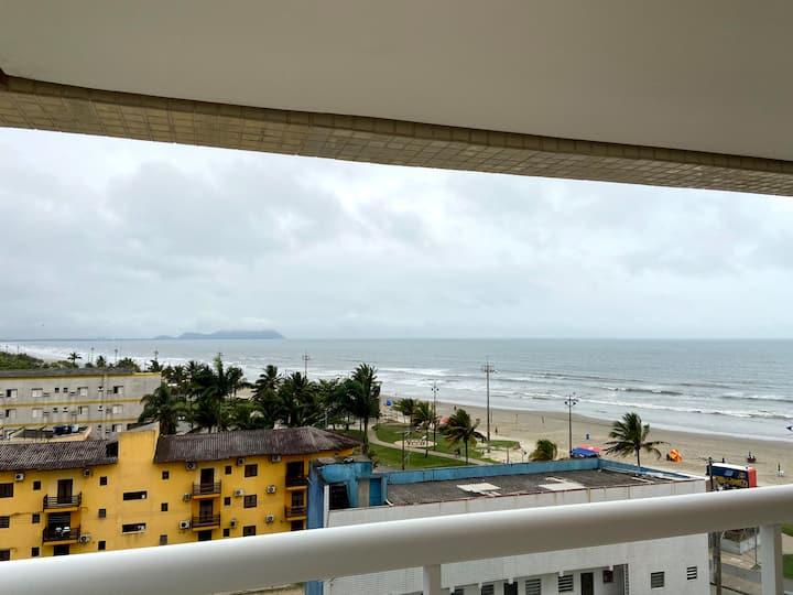 Apartamento vista pro mar,com piscina pé na areia