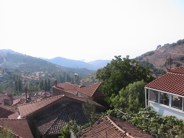 Mountaintop House in Skalohori - Mitilini - Dom