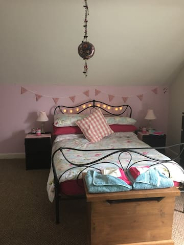 Excellent high standard room-comfy - Long Eaton - Hus