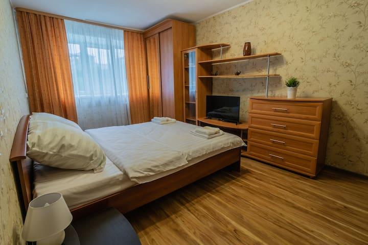 """Апартаменты """"Две Подушки"""" на Книповича 39"""