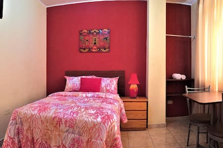 cute private room close to downtown,touristic site