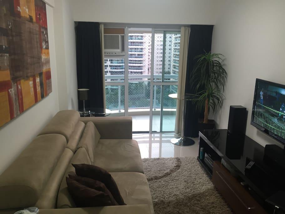 Sala do apartamento com vista sacada