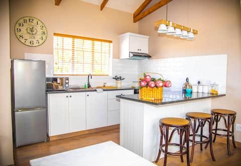 Modern Bachelor Apartment Kraaltjie
