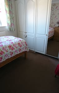 Single room for lady only guest
