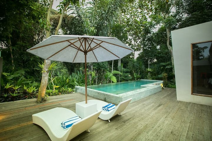 Private Pool Villa away from Noisy Place