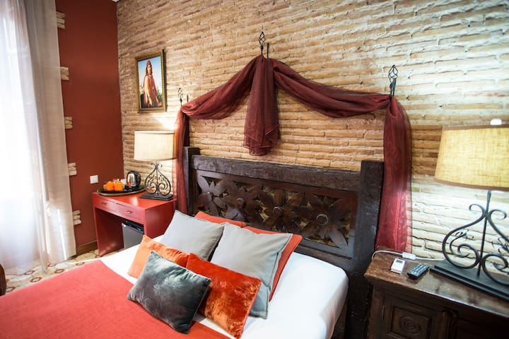 Pension Oliva - Beautifully reformed.  Room 101