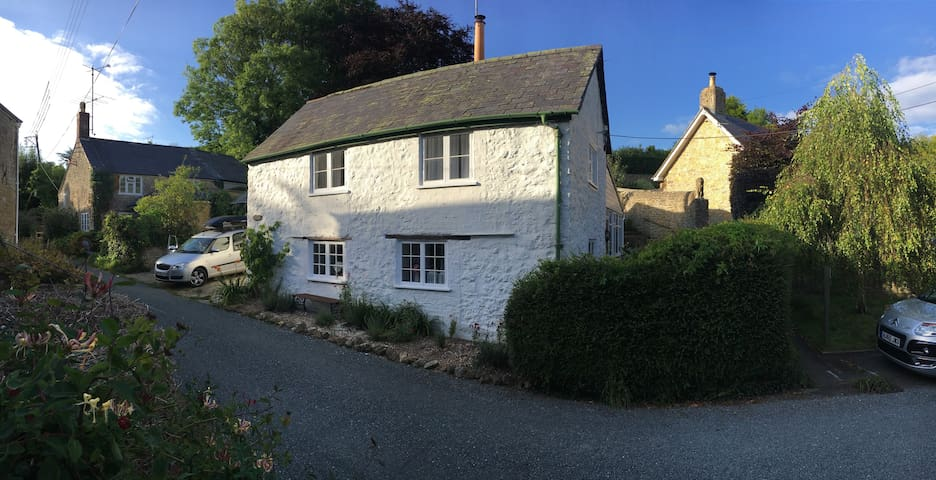 The Nook Cottage - Dorset - House