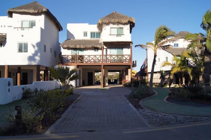 Villa in Isla Cortes
