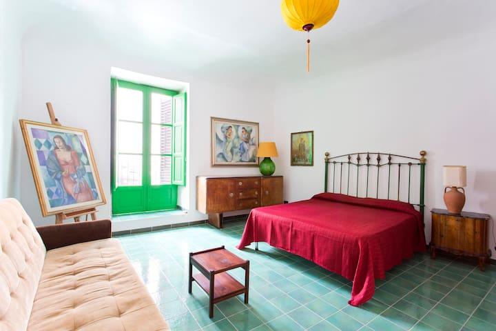 A PERFECT SPOT IN THE CENTER - Palermo - Appartamento