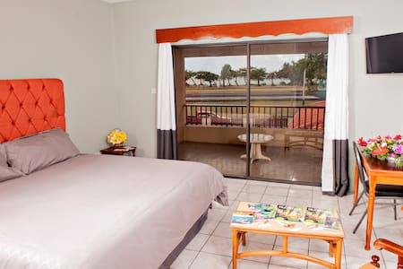 Seaview Apartel - Castries - Apartmen