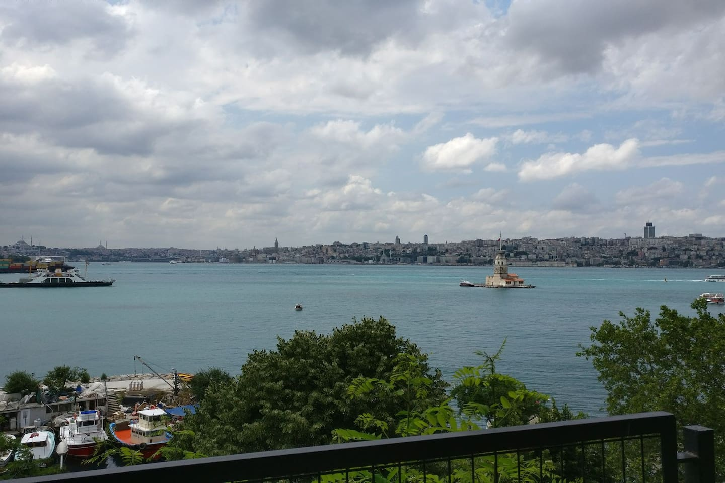 most beautiful view of Istanbul is in uskudar you can reach it easy from home.