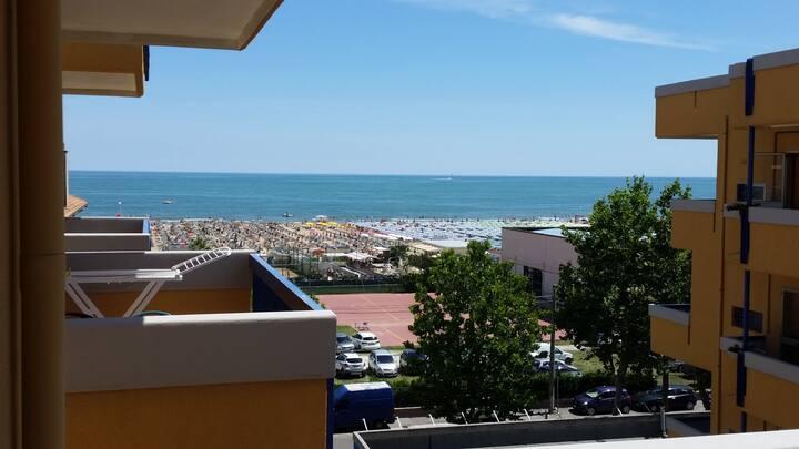 Bilocale primafila vistamare Rimini-clima e aut