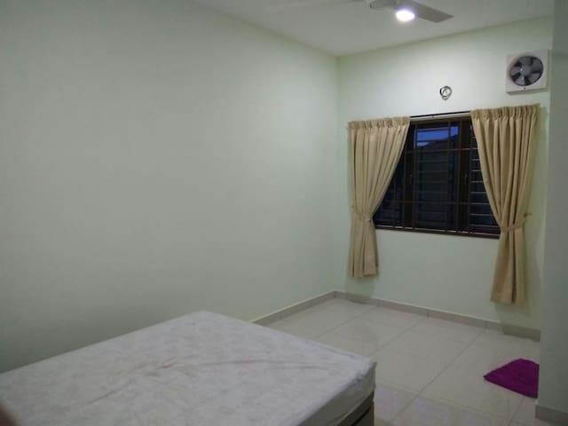 简单的小房间,就是简单