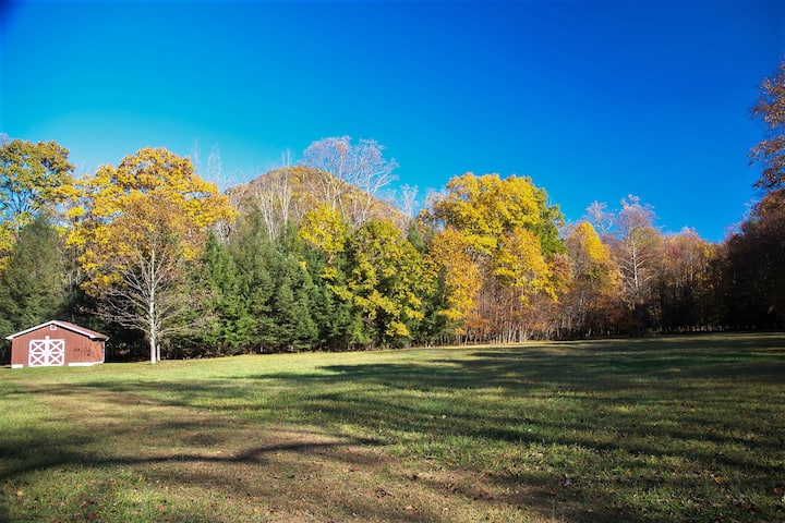 Blissful Seclusion, 27 Mountain  Riverfront Acres