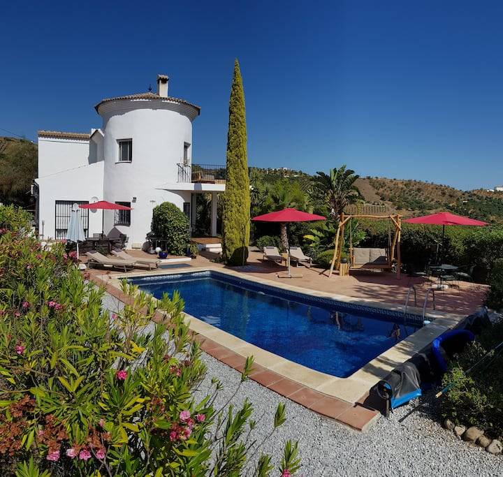 Romantic villa with mountain panorama and big pool