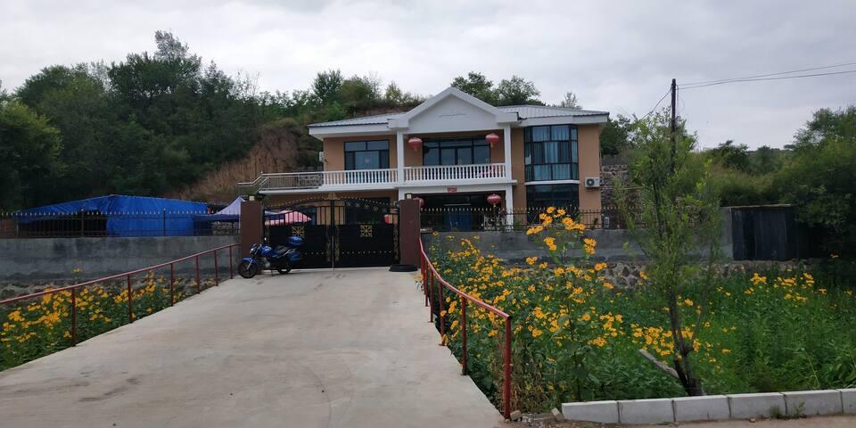 安然民宿田园别墅三室三卫自助烧烤可住8-10人。