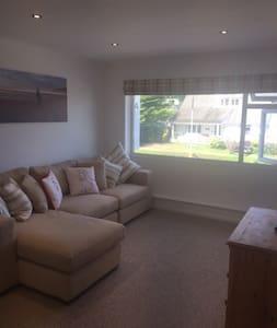 2 bedroom Apartment,  sleeps 4 in Croyde - Croyde