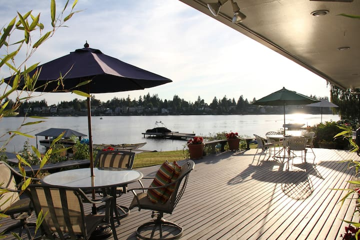 Expansive deck overlooking Lake Meridian and Mt. Rainier