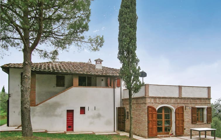 Holiday apartment with 1 bedroom on 76 m² in San Miniato Pi