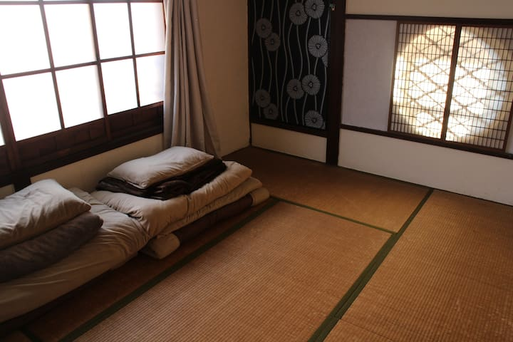 private room shared bathroom - Ise-shi - Hus