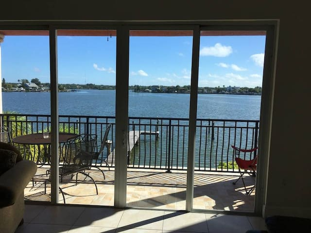 Townhouse on the Bay - Redington Shores - Townhouse