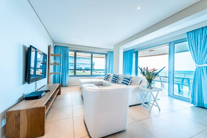101 Bermuda-Luxury with magnificent ocean views