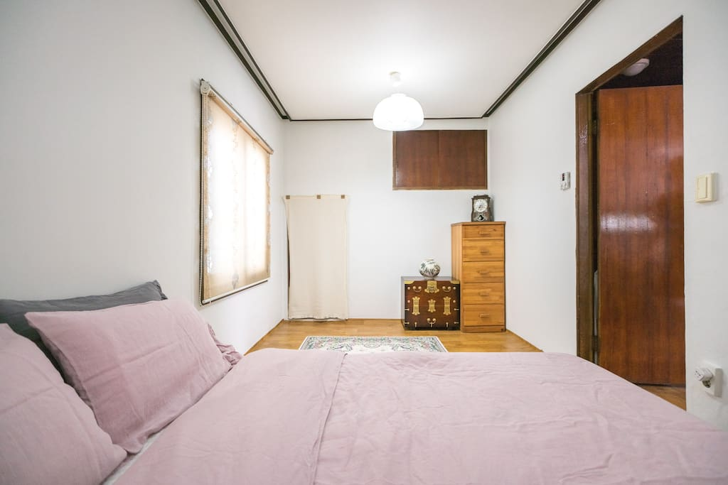 Room1 is spacious and cozy 1 Queen size bed and 1 queen size mattress