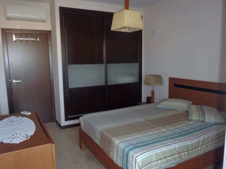 Double Room With Ac And Private Bathroom Apartments For Rent In Faro Faro Portugal