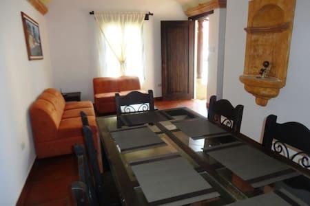 Apartamento equipado en Antigua, Barrio Antonelli