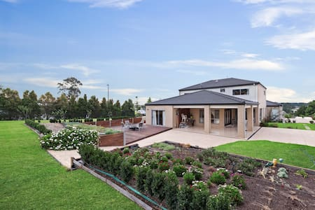 Home Away from Home - Narre Warren South