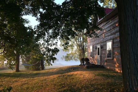 Rustic-Chic Farmhouse - 1 Hr from Toronto - Adjala-Tosorontio - Other