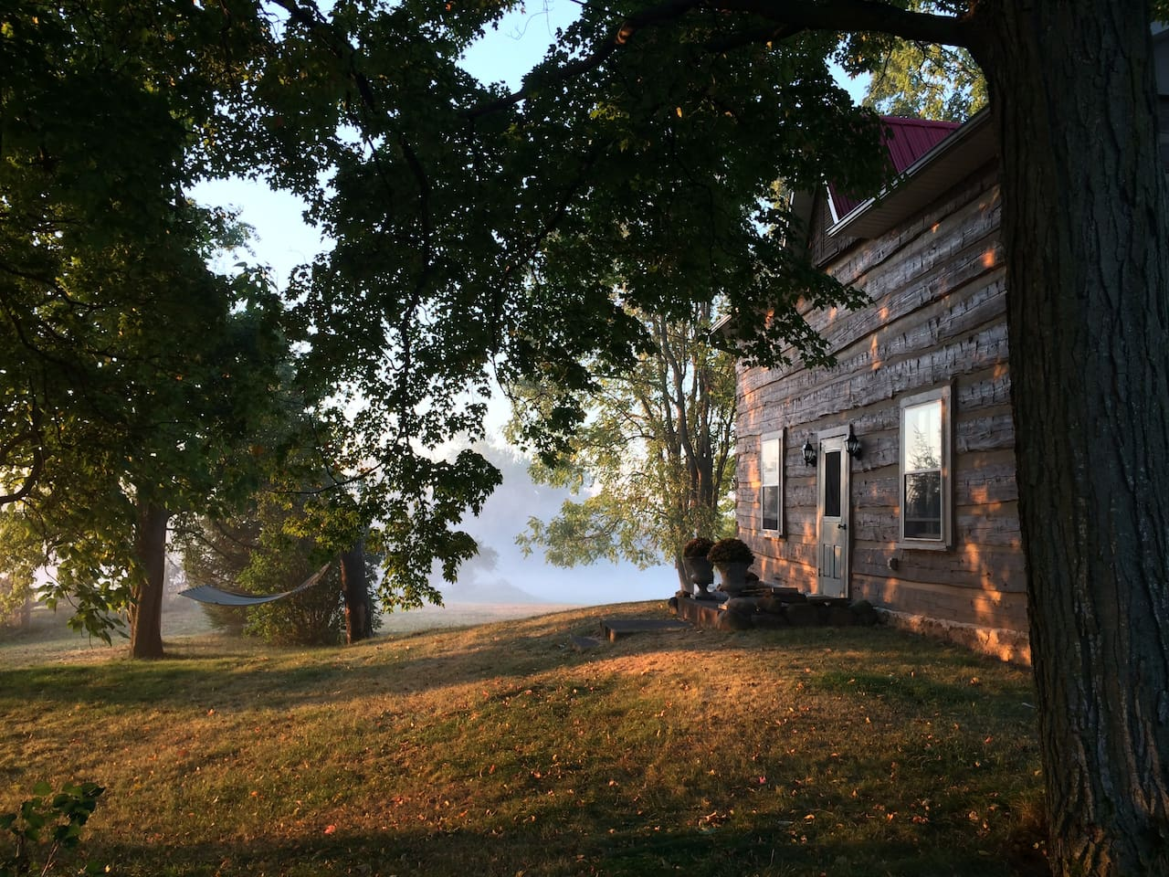 Perfectly serene and peaceful, Foxglove Farm is an idyllic base to explore the rolling hills and spectacular fall colours of this region, The Hills of the Headwaters, which truly is Ontario's hidden gem.